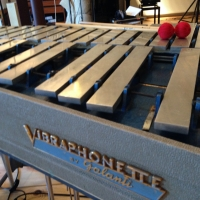 Vintage portable (!) vibraphone by Italian makers Galanti. Looks as sweet as it sounds. thumbnail